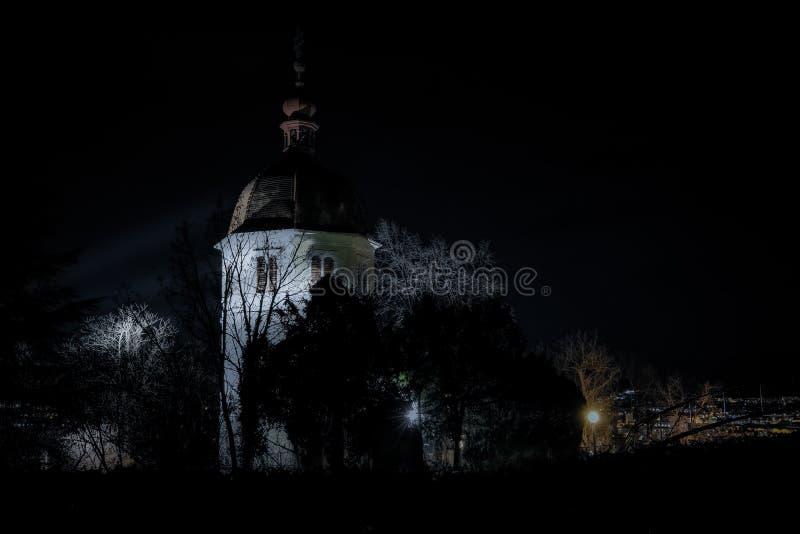 Non sia impaurito del campanile! immagine stock