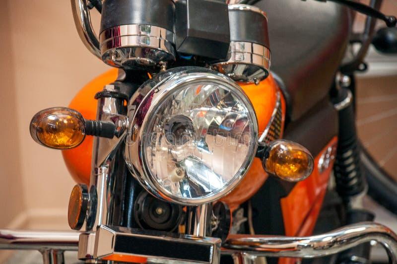 Non un faro d'ardore su un nuovo motociclo di sport fotografia stock libera da diritti