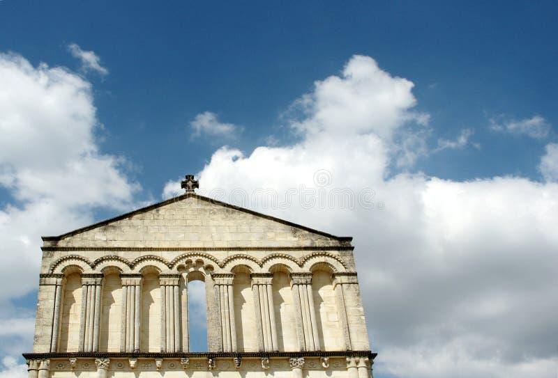 Download 门 库存照片. 图片 包括有 交叉, 云彩, 寺庙, 空白, 罗马, 拱道, 艺术, 入口, 天空, 蓝色 - 300308