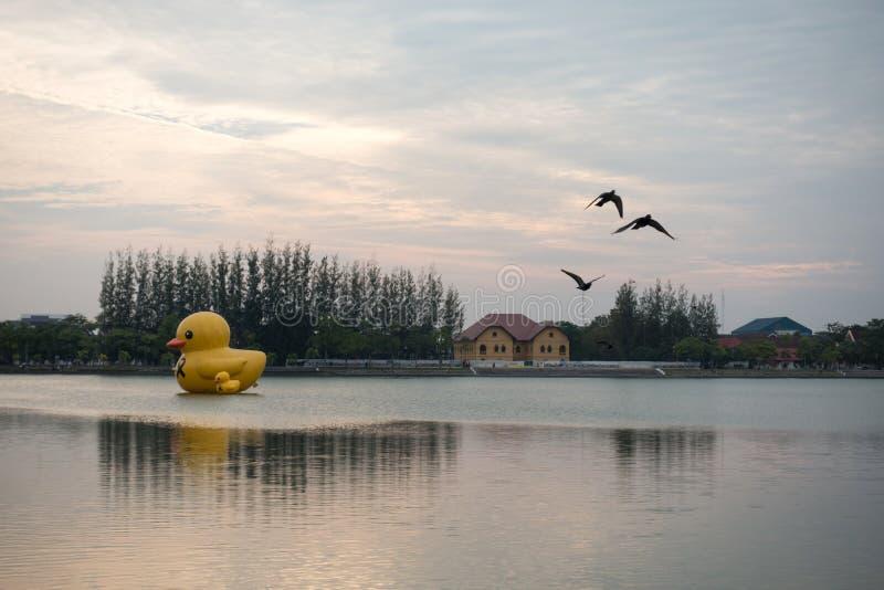 Nong Prajak Public Park (Udon Thani, Tailândia), marco no Udon imagens de stock
