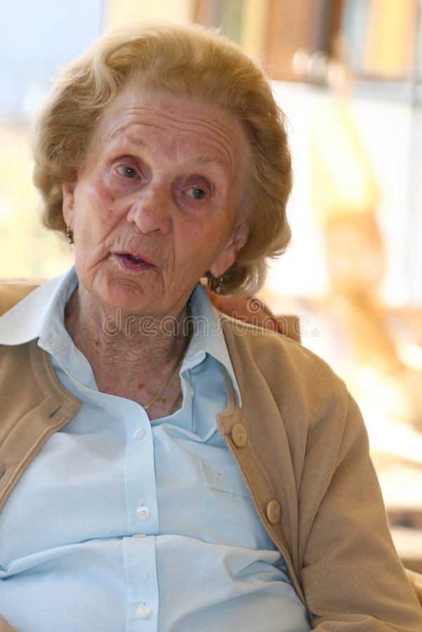 Nonna di conversazione fotografie stock libere da diritti