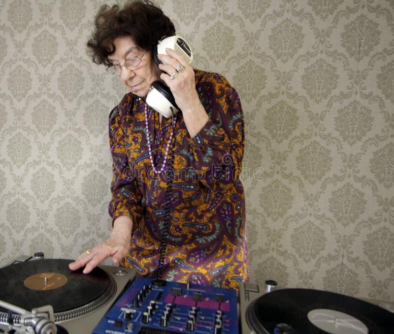 Nonna DJ fotografie stock libere da diritti