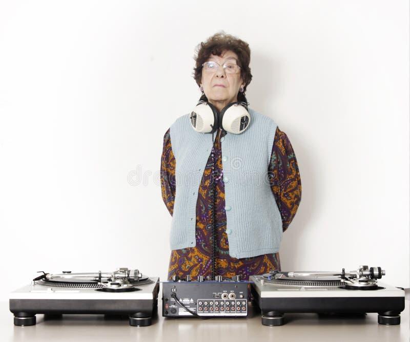 Nonna DJ immagine stock