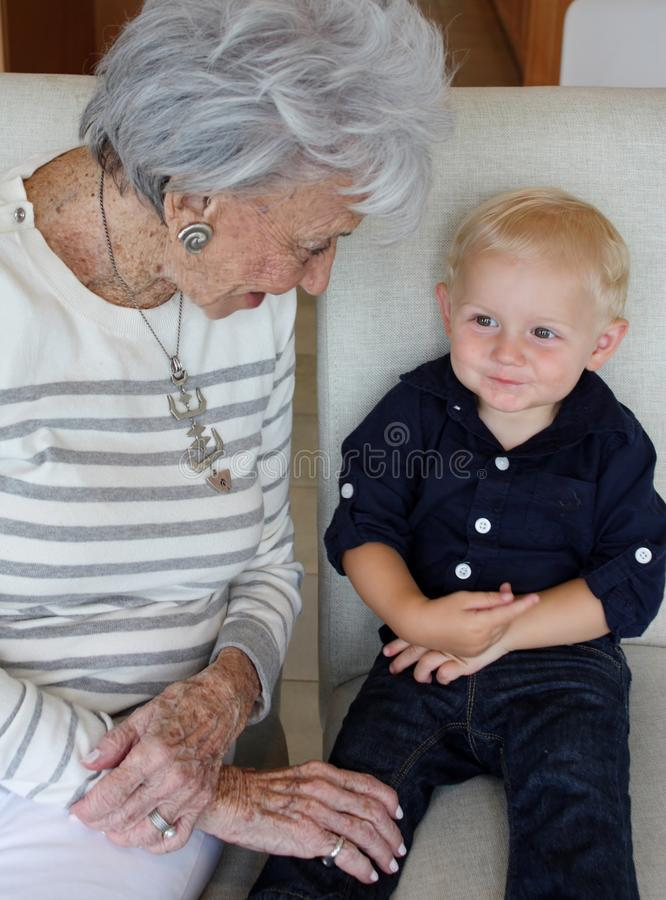 Nonna e nipote fotografia stock