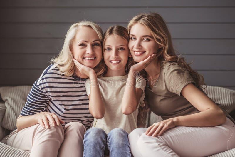 Nonna, mamma e figlia fotografie stock