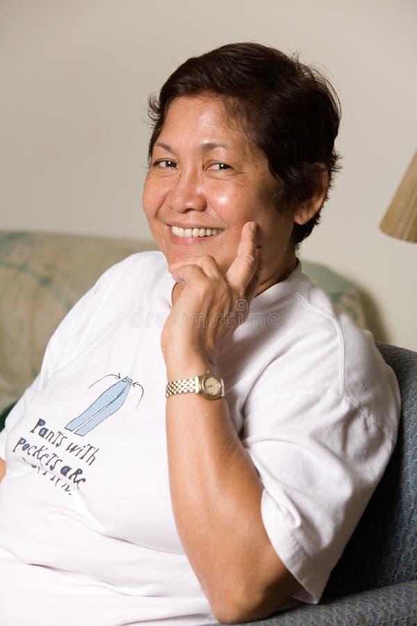 Nonna sorridente immagini stock