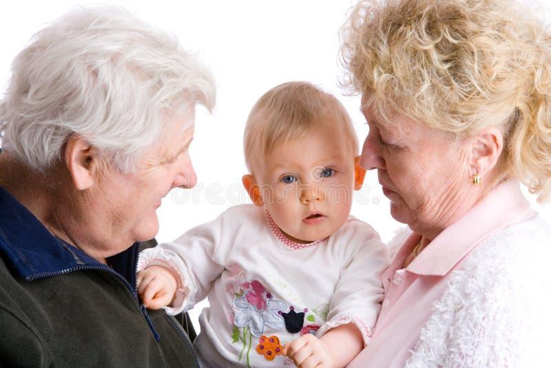 Nonni con il bambino sveglio immagine stock libera da diritti