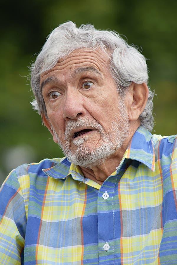 Nonno colombiano senior con Alzheimers immagini stock libere da diritti