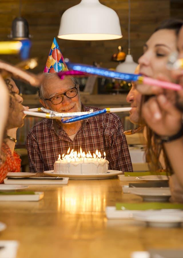 Nonno di compleanno immagine stock libera da diritti