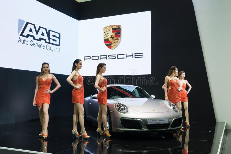 NONTHABURI - 23 MARS : Nouveau Porsche 911 Carrera S sur l'affichage à T photos libres de droits
