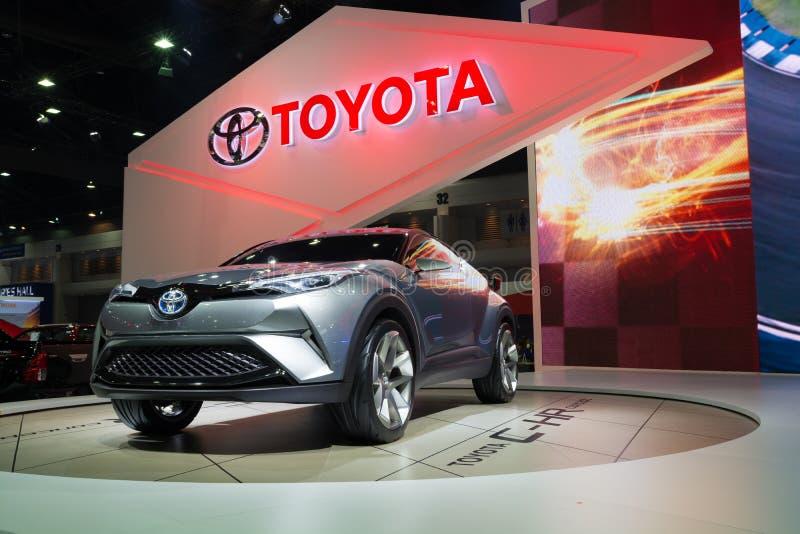 NONTHABURI - MARZEC 23: NOWY Toyota CH-R pojęcie na pokazie przy fotografia stock