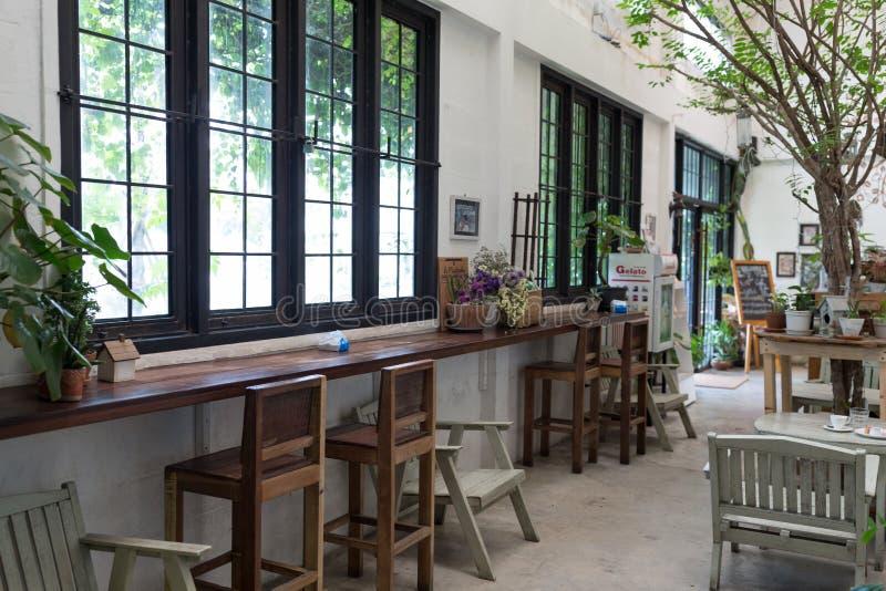 Nonthaburi - Tailândia - 12 de outubro de 2017: Café de flore, interi imagem de stock royalty free