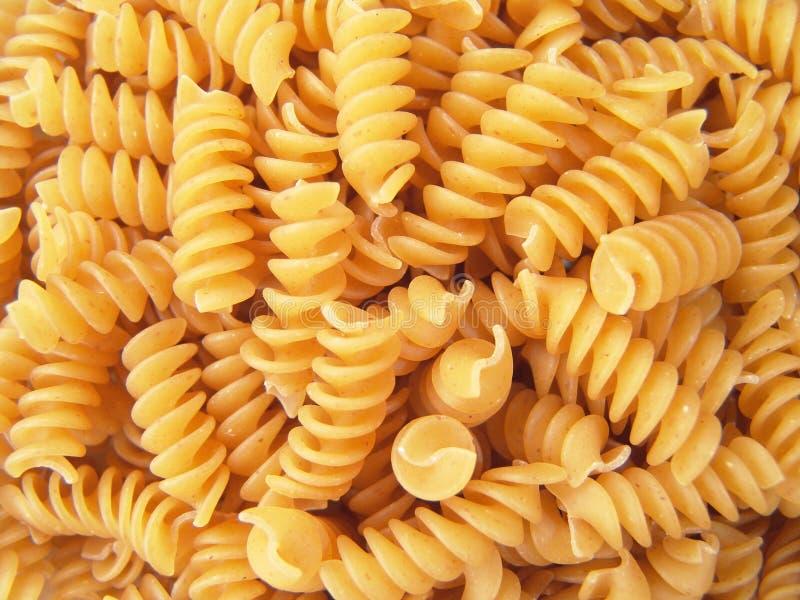 noodles makaronu rotini spirala przekręcająca fotografia royalty free