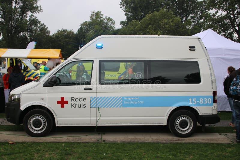 Noodsituatieauto van de Nederlandse rood kruisorganisatie royalty-vrije stock afbeeldingen