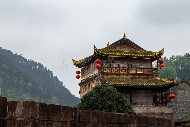 Noordelijke Deurtoren in de Oude stad van Fenghuang, Hunan, China royalty-vrije stock afbeelding