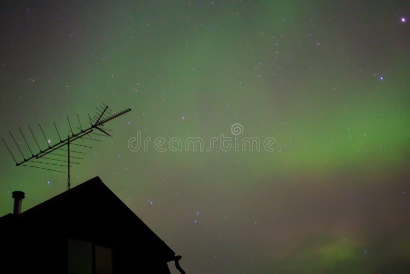 Noordelijke lichten (borealis van de Dageraad) substorm stock foto