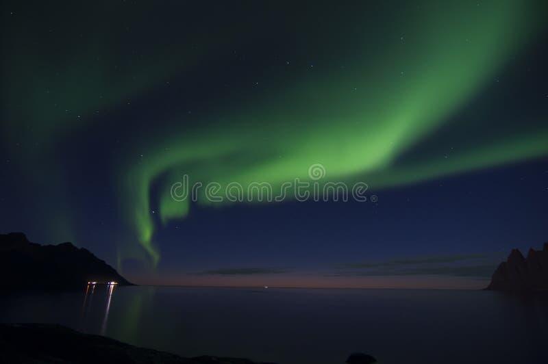 Noordelijke lichten of Polaire lichten royalty-vrije stock afbeelding