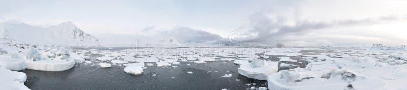 Noordpool landschap - PANORAMA royalty-vrije stock foto