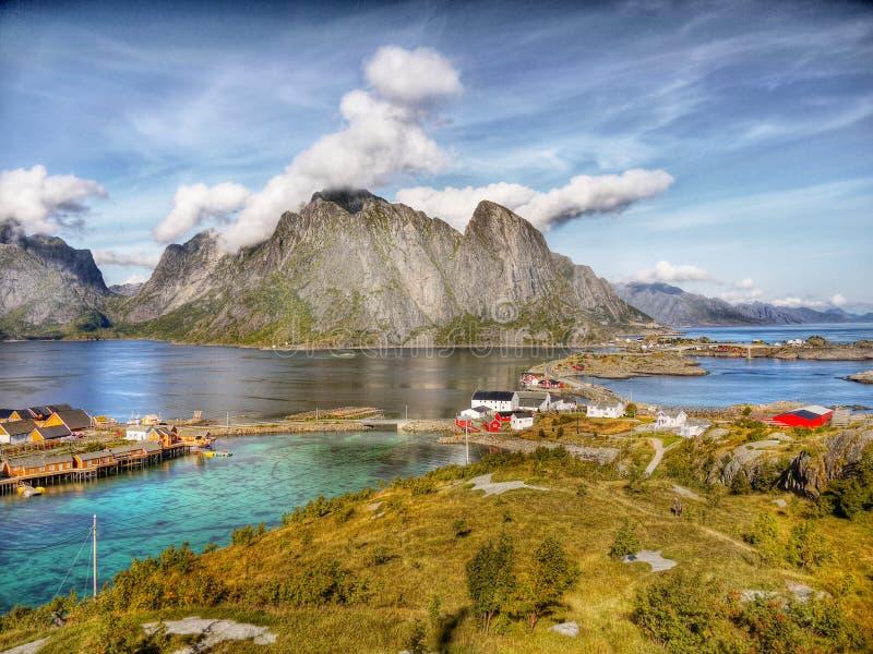 Noorwegen, de Berglandschap van de Aardkust stock foto