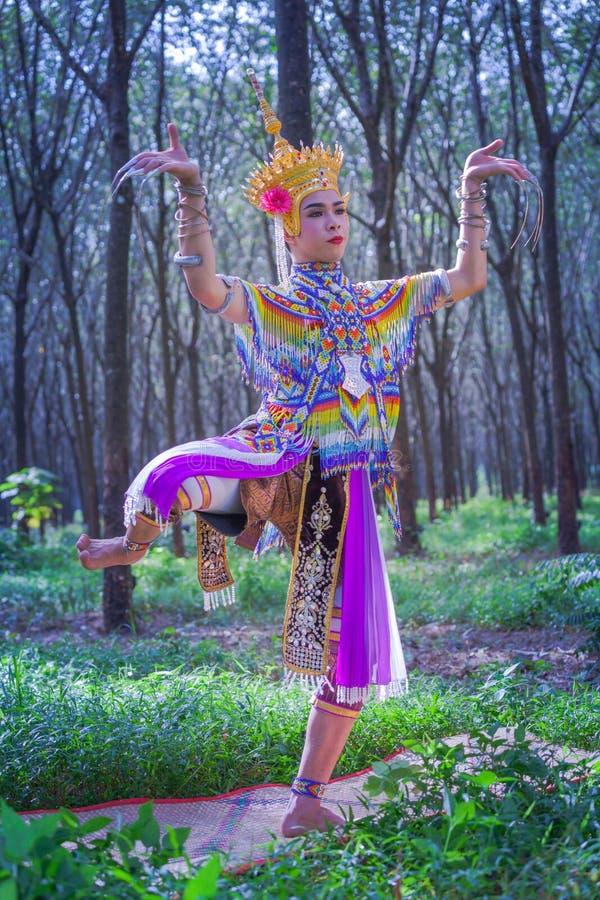 Nora jest klasycznym ludem dzielnicowym tanem Tajlandia i fotografia royalty free