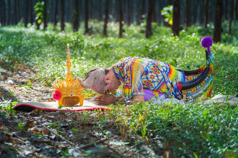 Nora jest klasycznym ludem dzielnicowym tanem Tajlandia i obrazy stock