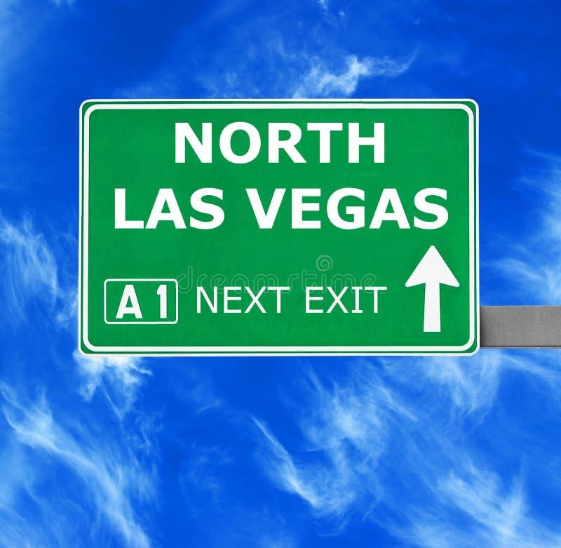 NORD-LAS VEGAS-Verkehrsschild gegen klaren blauen Himmel stockbild
