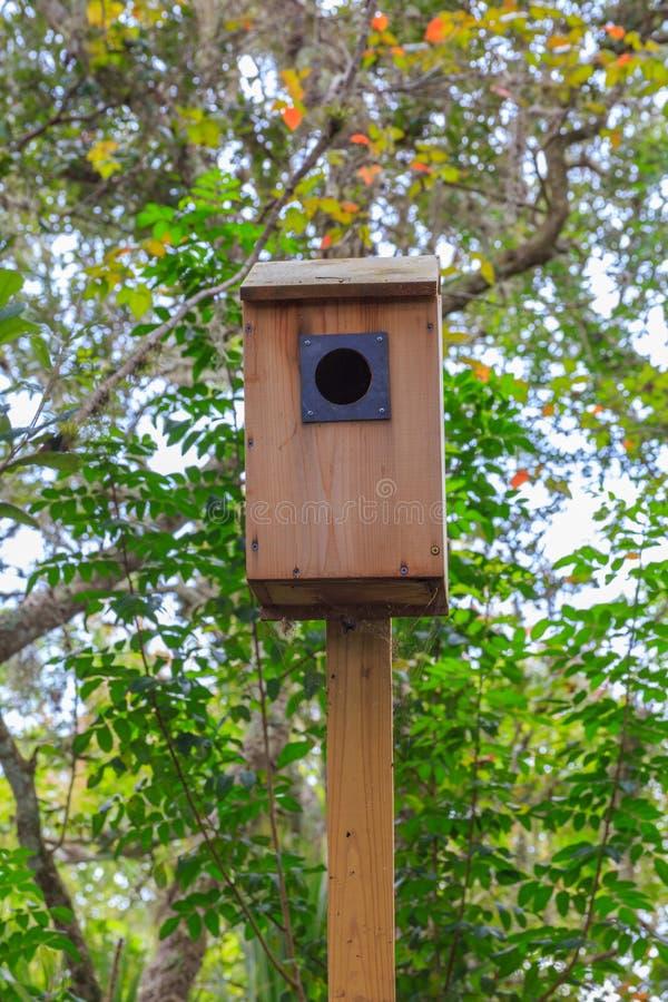 Nordamerikanisches hölzernes Duck Nesting Box stockbild