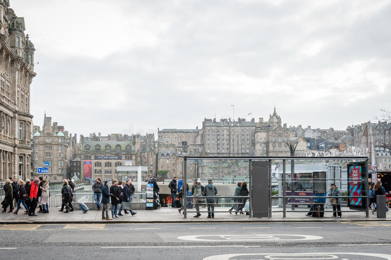 NordbrückenBushaltestelle in Edinburgh stockfoto