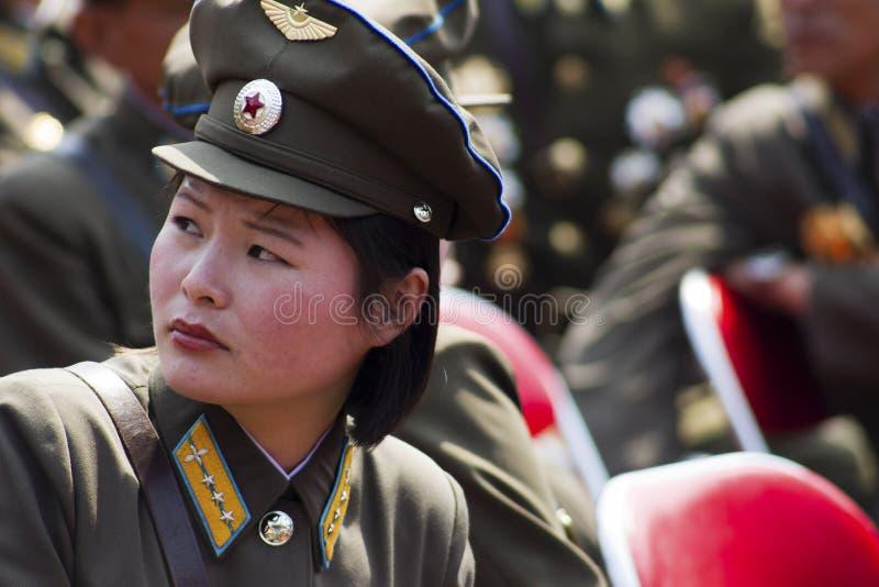Nordkorea-Armeefrauen stockbilder