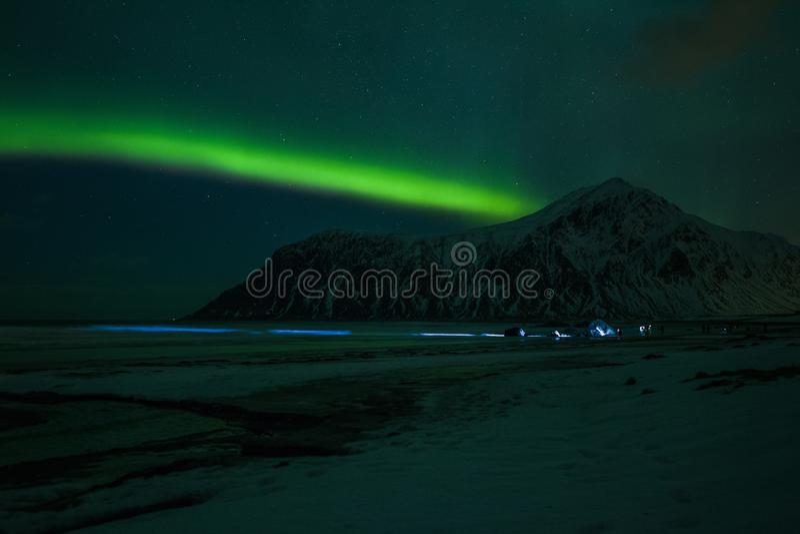 Nordlichter Aurora Borealis Norwegen, Lofoten lizenzfreie stockfotos