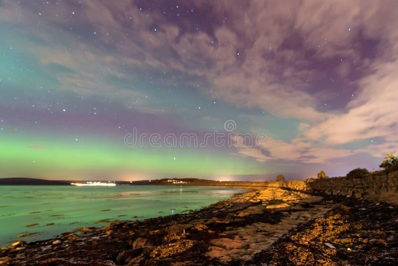 Nordliga ljus för norrsken i Skottland royaltyfria foton