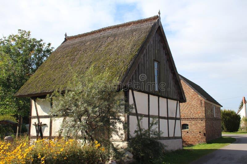 Download Nordligt europeiskt hus fotografering för bildbyråer. Bild av jutland - 27287121