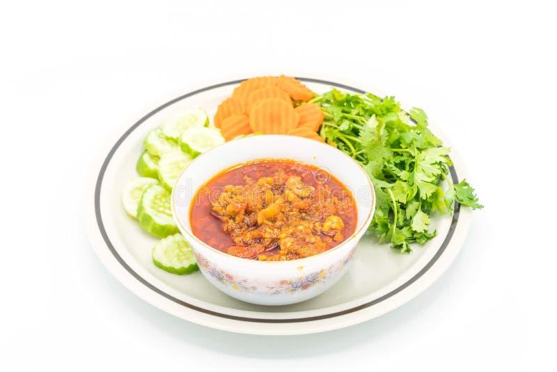 Nordligt thailändskt kryddigt dopp för kött och för tomat med grönsaken royaltyfria bilder