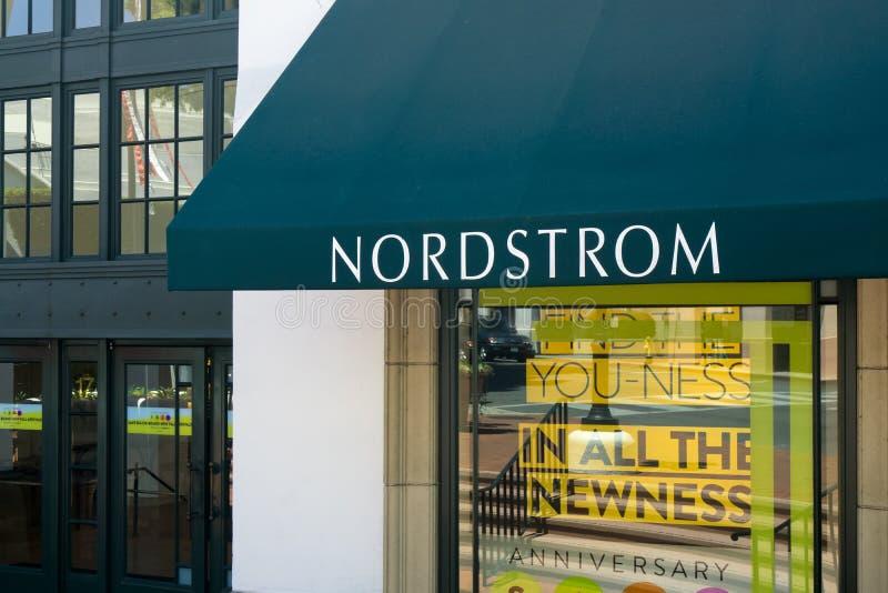 Nordstrom znak i sklep obraz stock