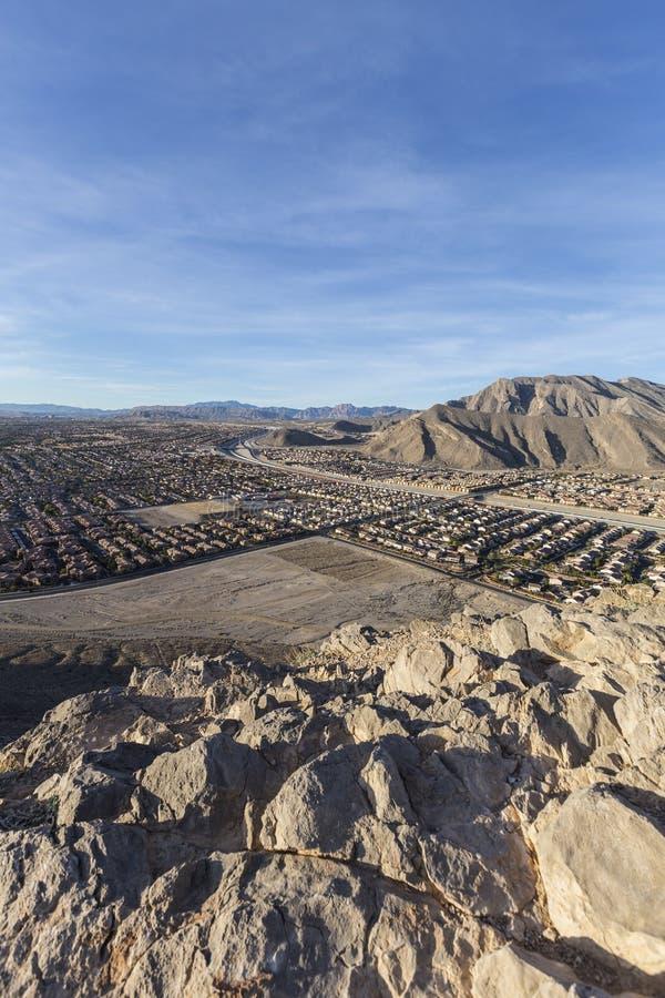 Nordvästlig sikt för öken för morgon för Las Vegas ensam bergmaximum arkivfoto