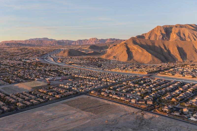 Nordvästlig sikt för Las Vegas ensam bergmorgon royaltyfria bilder