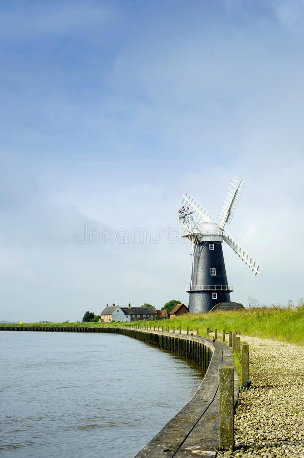 Free Norfolk Broads Black And White Windmill Landscape Stock Images - 27961264