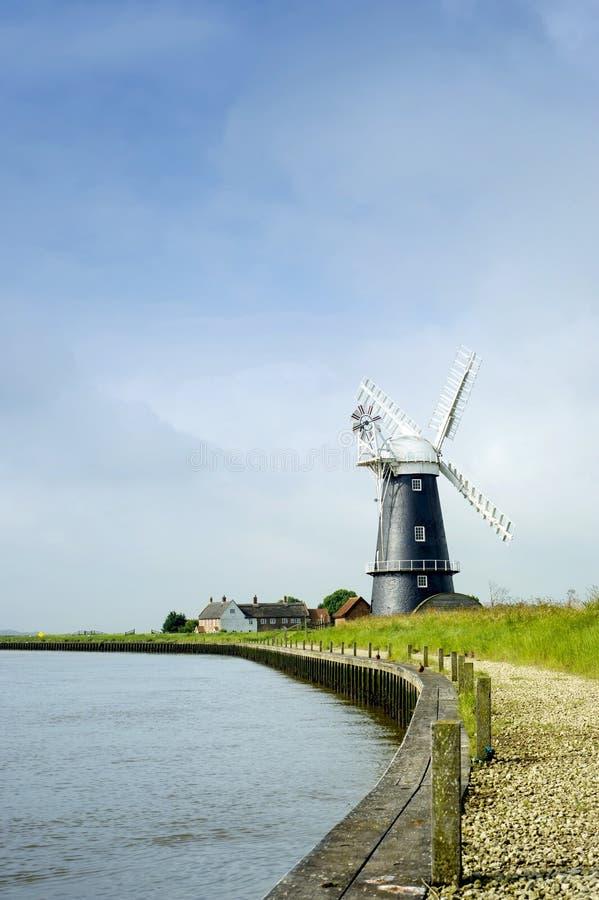 Norfolk Broads wiatraczka czarny i biały krajobraz obrazy stock