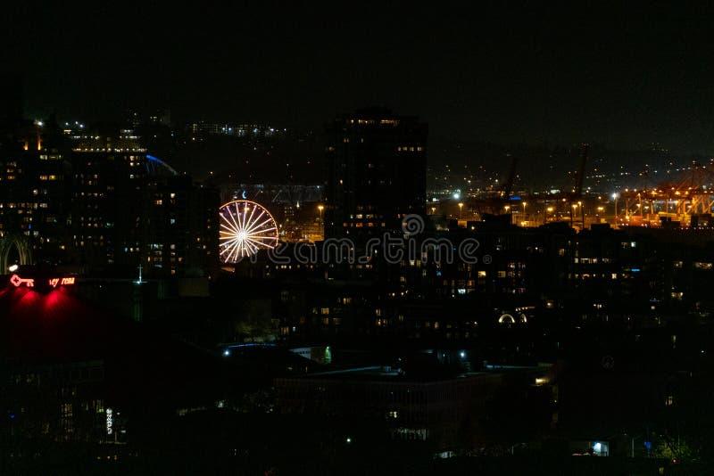 Noria de Seattle en la noche foto de archivo