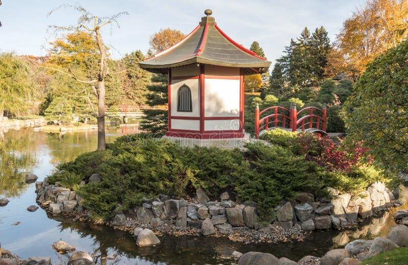 Norma-Tal Volkshochschule-japanischer Garten im Herbst stockfoto