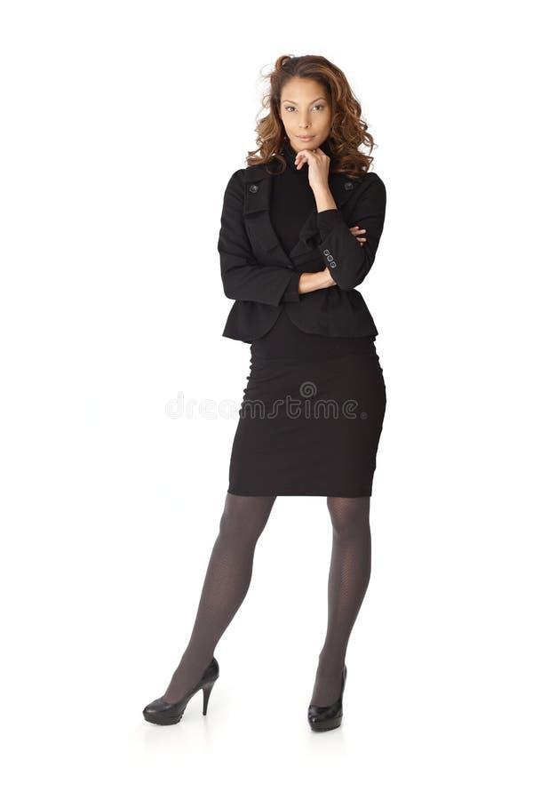 Normalformat stående av den attraktiva affärskvinnan arkivbilder