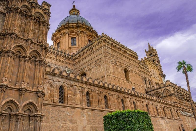 Norman architectuur van Duomo, middeleeuwse Kathedraal van Palermo in Sicilië stock fotografie
