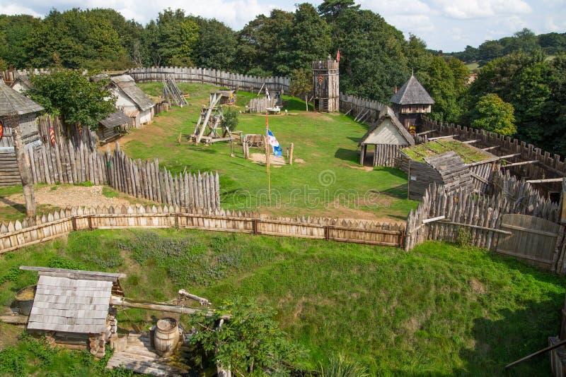 Norman dorpswederopbouw, terug naar 1050 wordt gedateerd die Onderwijscentrum voor jonge geitjes Engeland, het UK royalty-vrije stock afbeeldingen