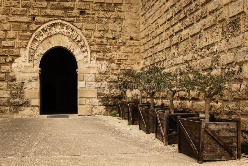 Norman Swabian Castle _ Apulia eller Puglia italy fotografering för bildbyråer