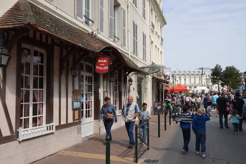 Normandie, la ville pittoresque de Cabourg en été image stock