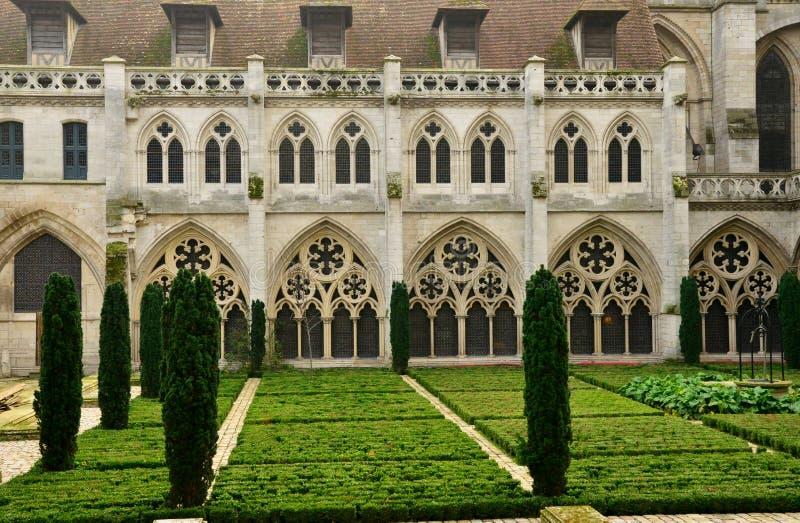 Normandie; pittoresk stad av Rouen i maritima Seine arkivfoton