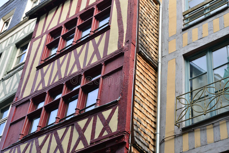 Normandie; pittoresk stad av Rouen i maritima Seine arkivbilder