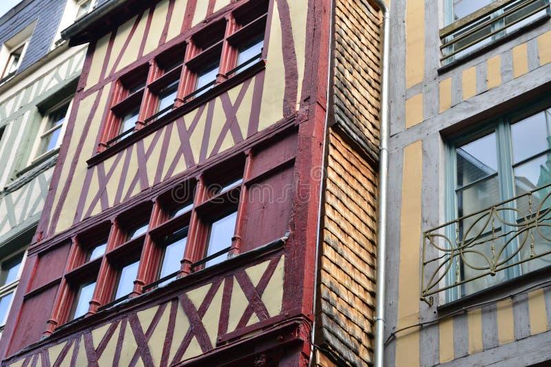 Normandie ; ville pittoresque de Rouen en Seine maritime images stock