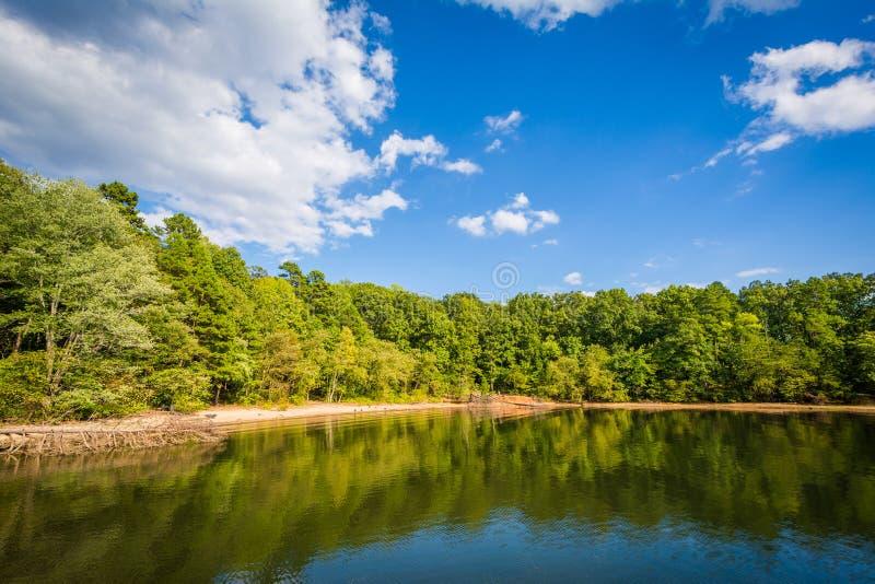 Normando do lago, na área do acesso de McCrary, em Mooresville, música de natal norte fotos de stock