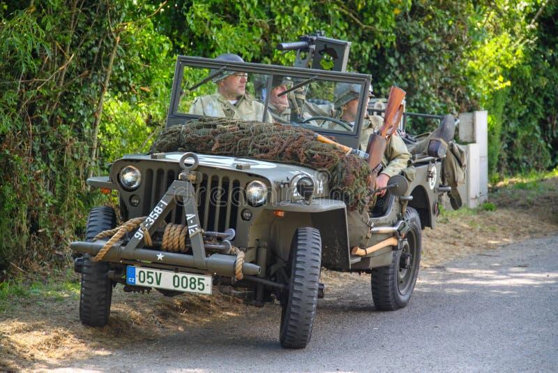 Normandy, Francja; 4 2014 Czerwiec: U S Wojsko dżipa pojazd Używać w 1944 zdjęcia royalty free